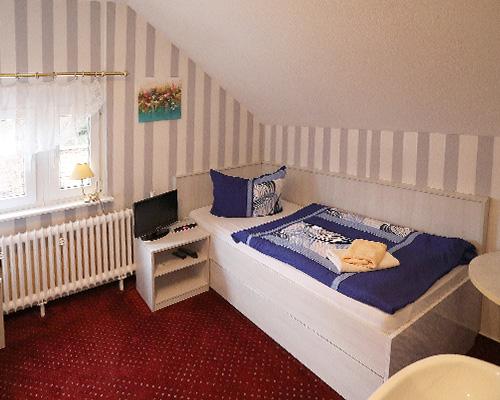 Hotel-und-Restaurant-Zur-Maerkischen-Schweiz-Buckow-Zimmer-2